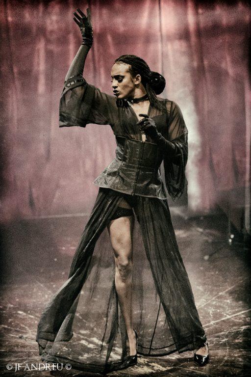 JF-ANDREU-Cirque Electrique-Cabaret Noir13